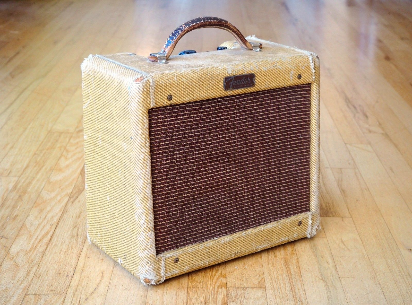 Dating vintage ampeg amps